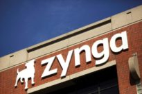 `FarmVille` creator Zynga forecasts bookings below estimates