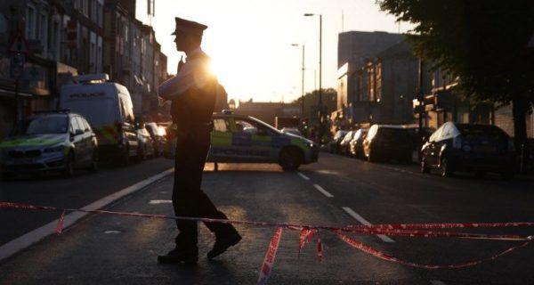 Londres : une attaque «potentiellement terroriste» fait un mort et huit blessés