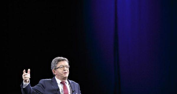 A la convention de La France insoumise, Jean-Luc Mélenchon se pose en «passeur»