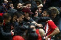 Un but, des coups, un carton rouge… Diego Costa est bien de retour à Madrid