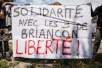 Aide aux migrants: «Les 3 de Briançon» retrouvent la liberté avant leur procès