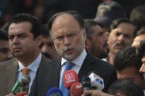 Pakistan : le ministre de l'Intérieur blessé par balles