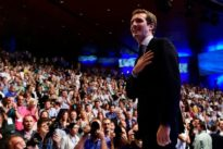 Espagne : après la chute de Rajoy, la droite élit Pablo Casado comme nouveau chef