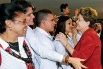 Après le départ des médecins cubains, qui soignera les pauvres au Brésil?
