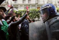 Algérie : «Non au mandat  de la honte»