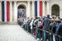 Chirac : Macron en «service solennel»