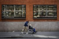 Appli seniors: à Paris, la vie ensolidaires